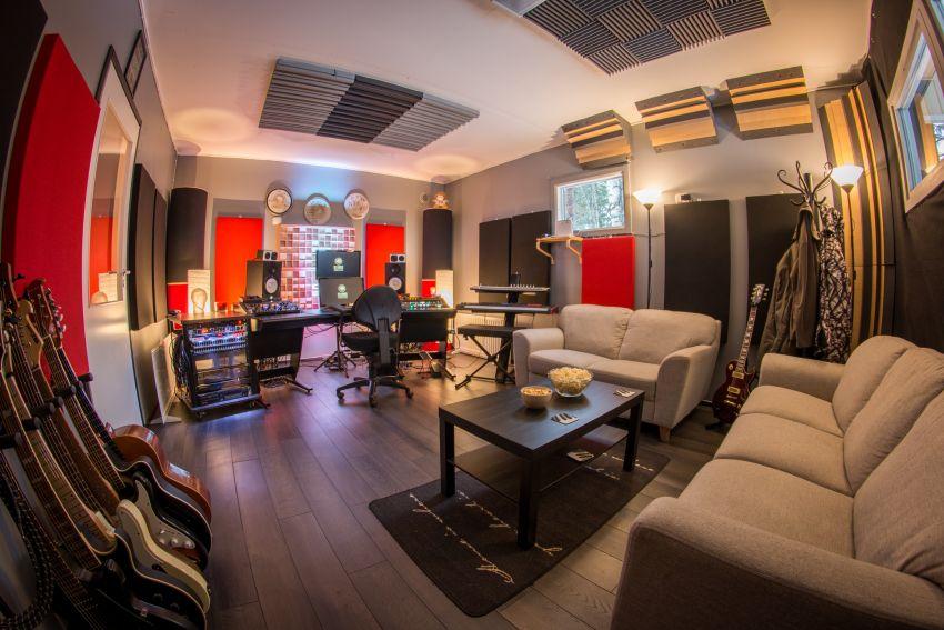 Illusia Productions äänitysstudio mediatuotanto
